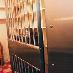 Le coffre-fort de la vieille Caisse populaire de l'époque